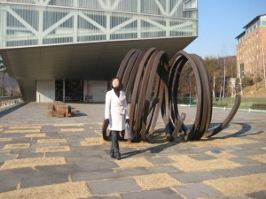 Outside SNU's new art museum, which was under construction when she left.