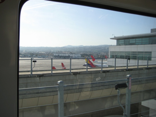 SFO tarmac, viewed from the inter-terminal tram